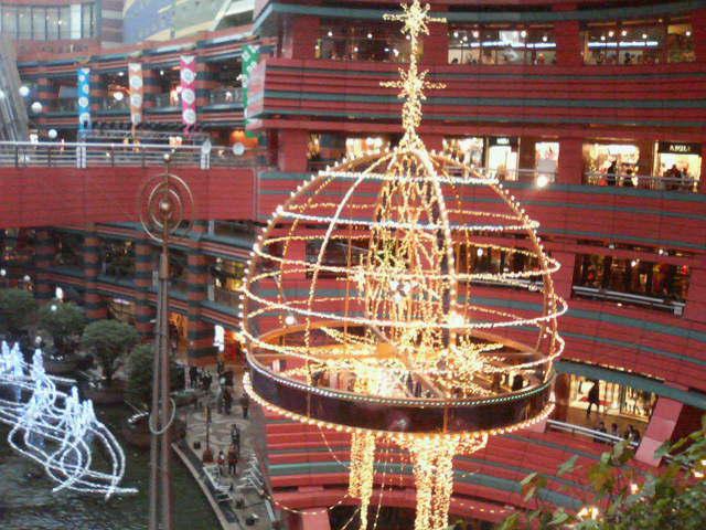 キャナルシティもクリスマス気分