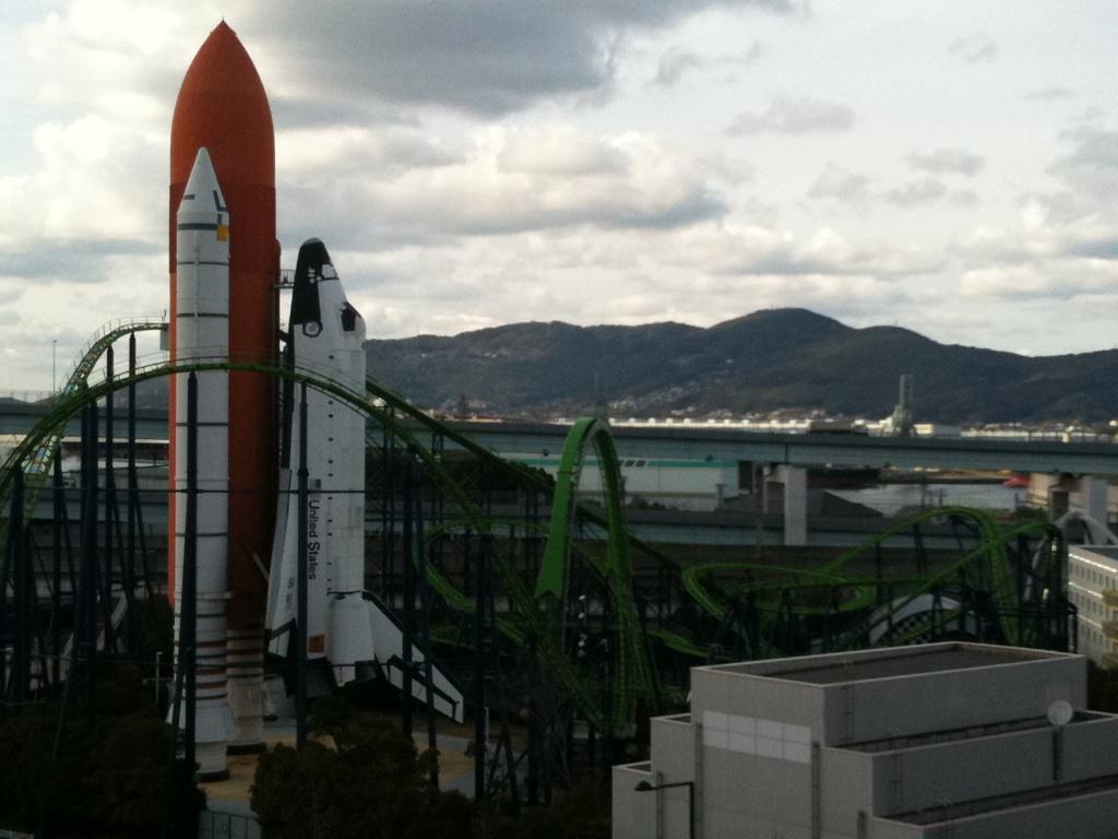 日本にスペースシャトルが