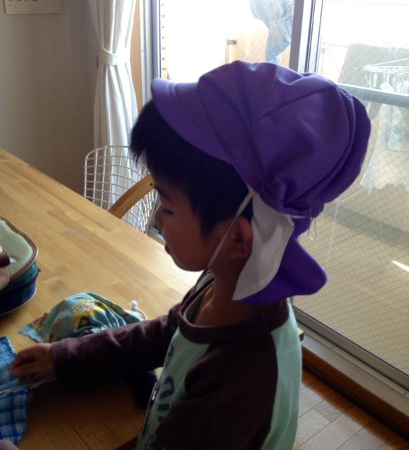 帽子が( ;´Д`)