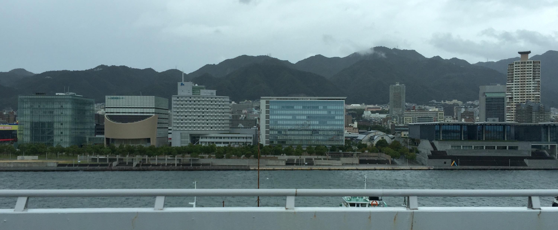 神戸通過中